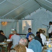 Christian Schöphs zeigte historische Aufnahmen unsere Mitglieder in einem Dia-Vortrag.