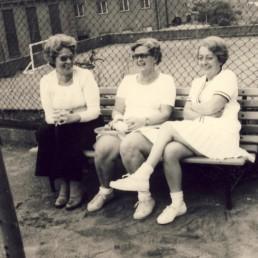 Suse Freymuth und Brigitte Koch in den 60er.
